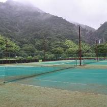 *【テニスコート】お天気のいい日はテニスでリフレッシュ♪