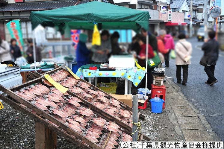 ■勝浦の朝市/当館から車で約20分 ※イメージ