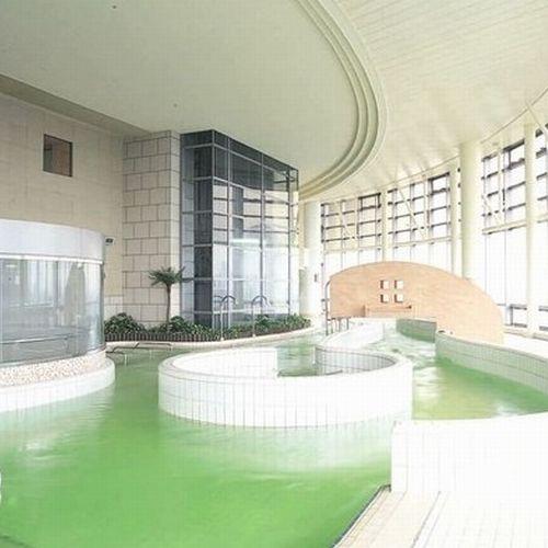水着で入る温泉クア施設(テナント)
