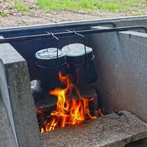 飯盒炊爨用のカマド