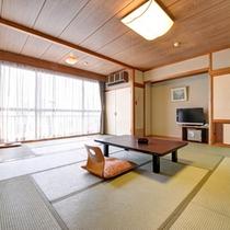 *和室14畳(客室一例)/全室オーシャンビュー!潮騒をBGMに癒しのひと時をお過ごし下さい。