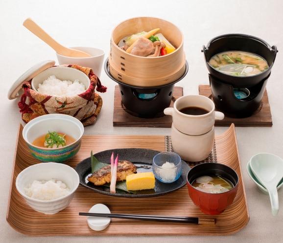 朝食での和食膳