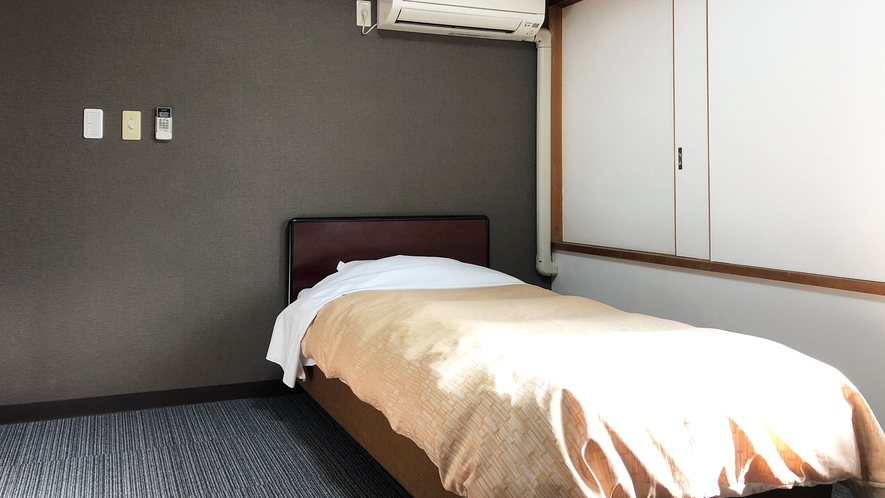 【新館シングルルーム一例】