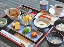 【朝食の一例】和定食の日替わりメニュー