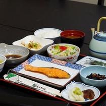 *【朝食】朝はからだにやさしい和朝食。【春夏】