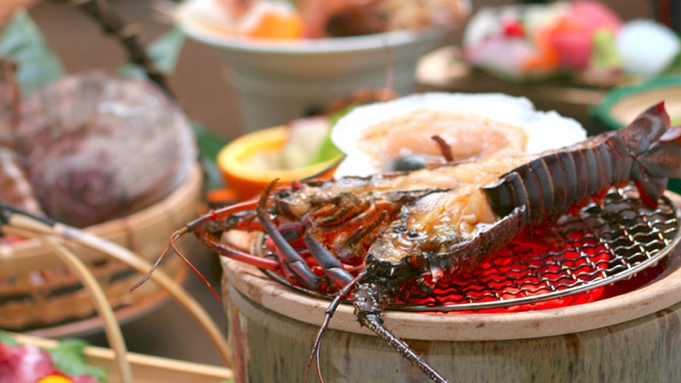 《会場食》【味覚】炭火焼きで食す伊勢海老&夕陽満喫