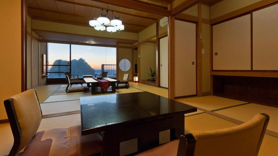 ■ゆったりとした二間続きの準特別和室からは堂ヶ島の絶景が望める。[ジュニアスイート和室]