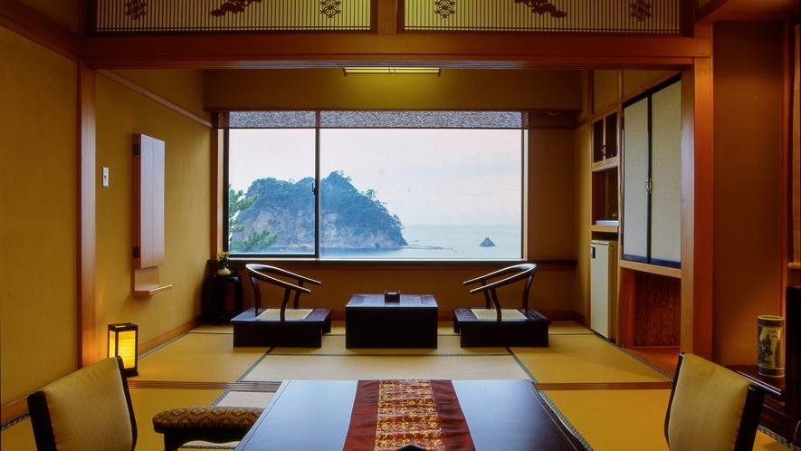 ■窓に広がる美しい景色と和の雰囲気に癒される[オーシャンビューのスタンダード客室]