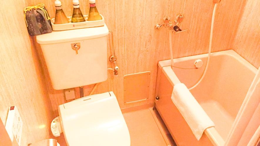 ■エコノミー客室は、ユニットバス・トイレ。[オーシャンビューのエコノミー客室]