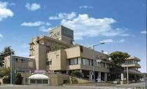 日立駅海岸口より徒歩4分 潮騒に包まれる歴史あるシティホテルです