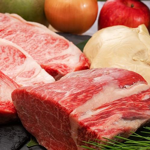 【あづま屋の肉】厳選した牛肉をとことん味わい尽くす。プロが選びぬく至極の旨味。