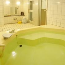 【小浴場】客室ユニットバスのほか、浴場がございます。