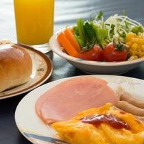 【朝食】約30種類の和洋朝食バイキングをご用意致します。