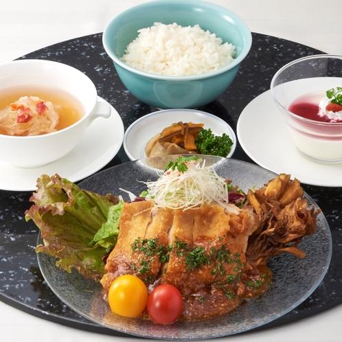 【選べる8種】信玄鶏のパリパリ揚げ油淋ソース