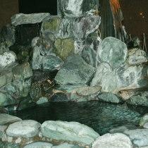 温泉(伊豆石風呂)