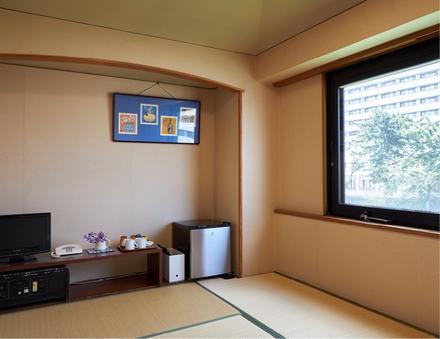 ■(禁煙)和室6畳【お堀側】