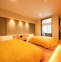 【温泉展望風呂付客室】セミダブルベッドが嬉しいベッドルーム