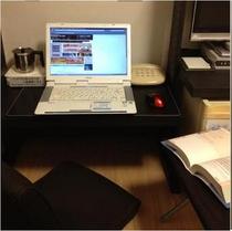 床暖シングル デスク使用例