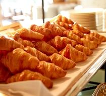【朝食】さくさくクロワッサン