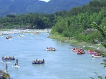【夏】長瀞はリバースポーツのメッカとも言われ、夏中心に荒川が賑わいます♪旬のアクティビティで騒ごう♪
