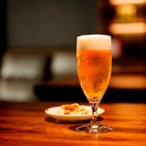 ビールサーバーで冷えた生ビールをお愉しみください