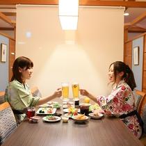 お食事イメージ『レストラン席』