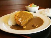 【レストランメニューの一例】カツカレー
