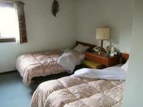 洋室ツインルーム01