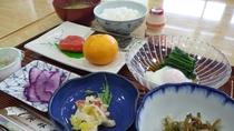 *朝食一例/きちんと栄養を付けて、また元気に1日をお過ごし下さい。