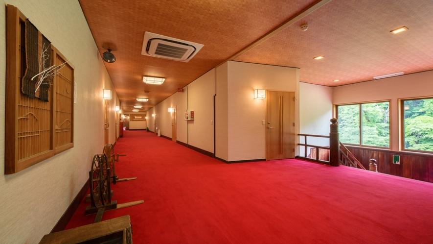 木造本館廊下
