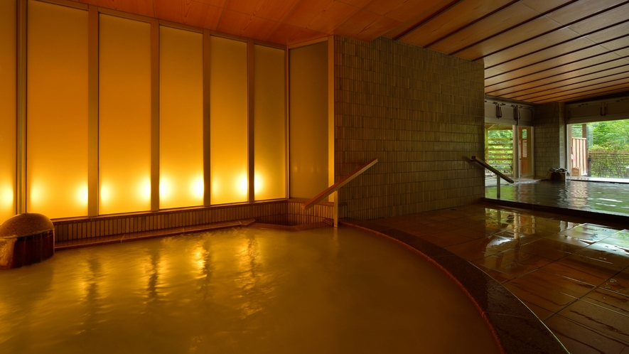 森の湯 シルクバス「美白の湯」 ※ミクロの泡が白くにごって見える浴槽となります