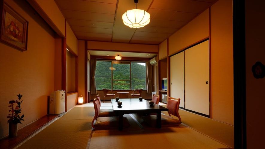 月かんむり12畳 ※12畳+広縁付きの足を伸ばせるゆったりした広さのお部屋です。