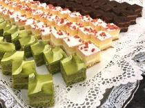 カットケーキ 抹茶・ストロベリー・チョコ