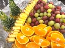 フルーツ みかん・ぶどう・パイナップル