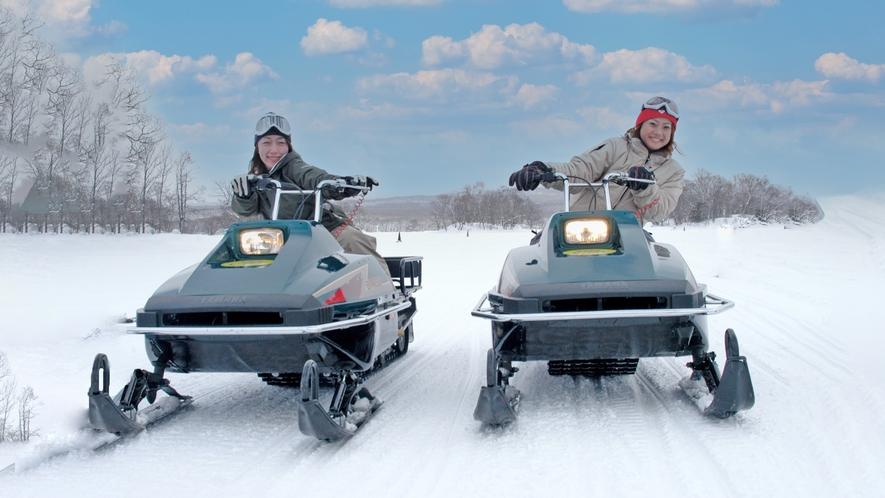 【アクティビティー冬】氷上スノーモービル01