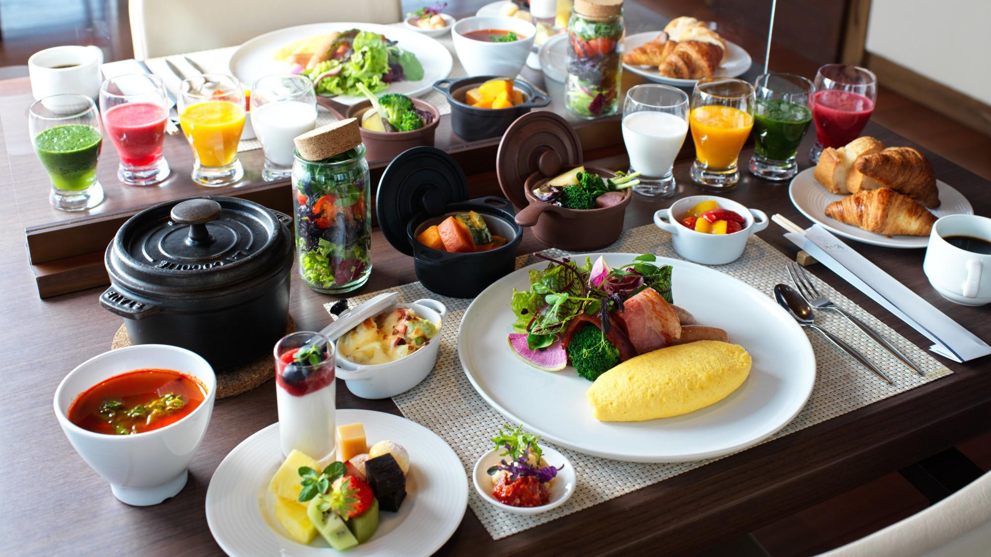 ◆朝食ビュッフェ一例/爽やかな朝には色とりどりの朝食ビュッフェを