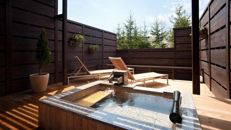◆【露天風呂付】和洋室/自然を眺めながら、気兼ねなく温泉を満喫(客室一例)