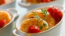 ◆夕食ビュッフェ一例/美しく個別に盛られた料理をビュッフェ形式で