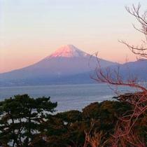 【景観】冬の富士 館内より