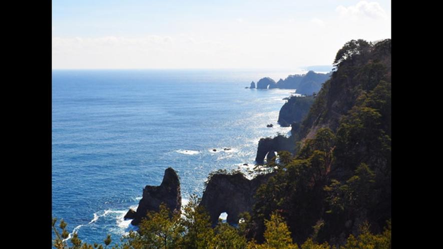 【北山崎】三陸海岸の名勝、当ホテルからは1時間弱です