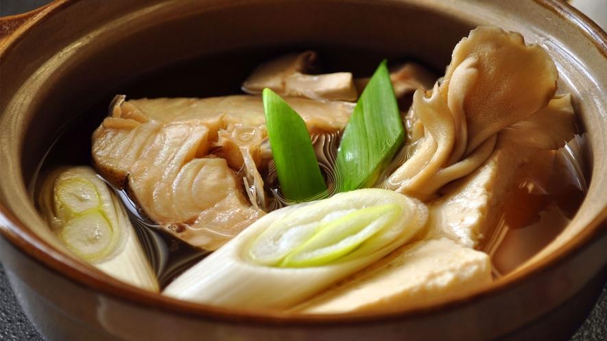 【ビジネスご夕食】タラの小鍋汁。(一例)