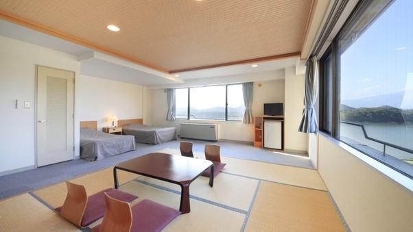 【禁煙】本館 和洋室(湖側/和室7.5畳+ツイン/34平米)