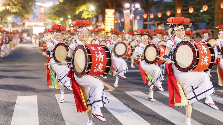 【イベント・行事】盛岡さんさ踊り/東北五大祭りの一つ。盛岡の夏の夜を彩ります。