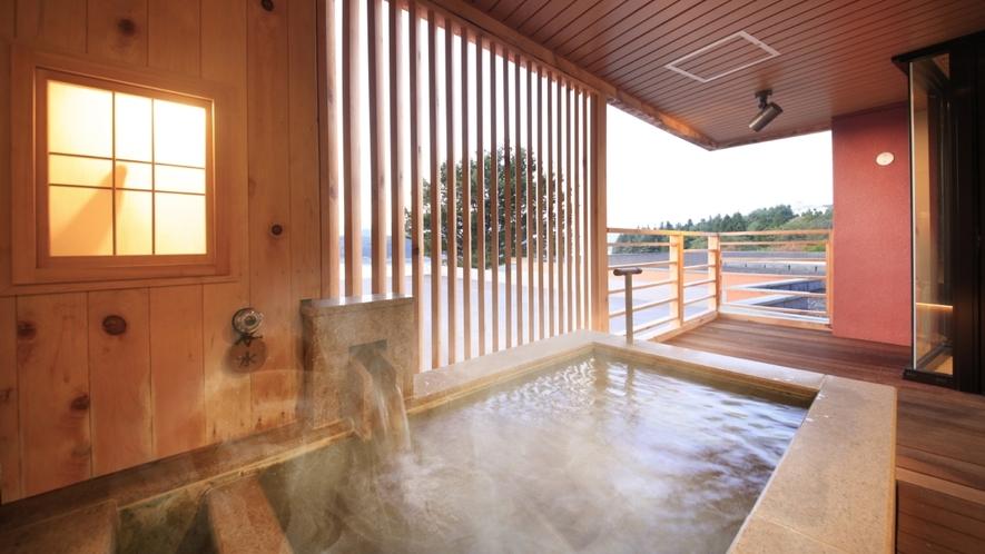 【客室一例】<別邸うらら>露天風呂付客室 デラックス「月」/源泉100%かけ流し客室露天風呂