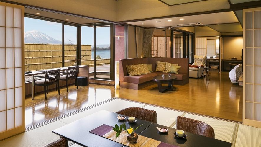 【客室一例】<別邸うらら>露天風呂付客室 デラックス「月」/リビング&ベッドルーム