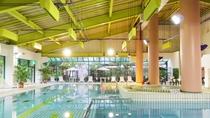【室内プール】天候を気にせず楽しめる快適プール。