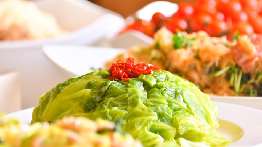 【和洋中ディナービュッフェ】ホテル特製まるごとキャベツの漬物