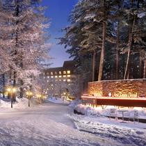 【外観/冬】一面雪に包まれたスノーリゾート。