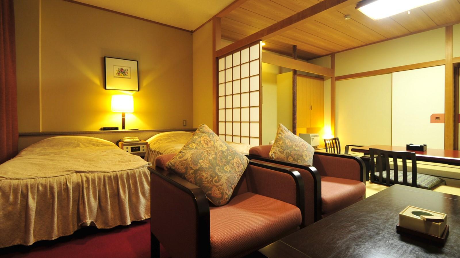 *東館特別和洋室(バス・トイレ付)/窓からは那珂川や黒羽の美しい景観をご覧いただけます