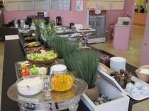 ■朝食:ヘルシーなサイドメニューも充実!女性のお客様も安心♪